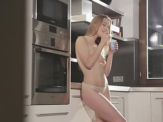 Brunette Alexis Crystal gives a closeup view of her honeypot as she masturbates