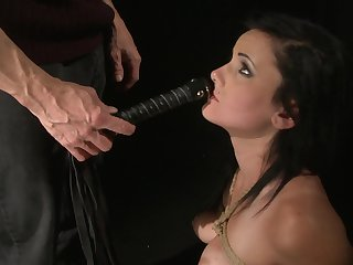 Estella is ready to spend hours with dudes sausage in her mouth