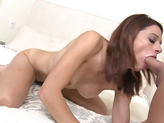 Brunette with juicy breasts is out of control with throbbing love stick in her muff pie