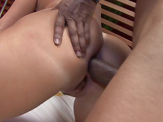 Blonde chica gets throat stuffed the way she loves it