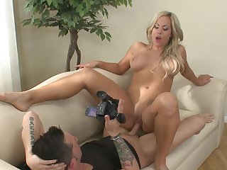 Blonde enjoys intense pussy pounding