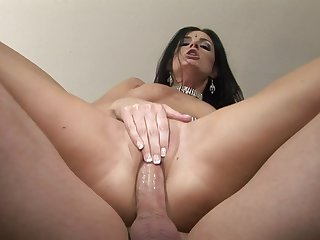 Brunette India Summer kills time enjoying anal sex