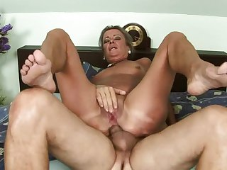 Mature is in heaven fucking with hard dicked guy in hardcore action